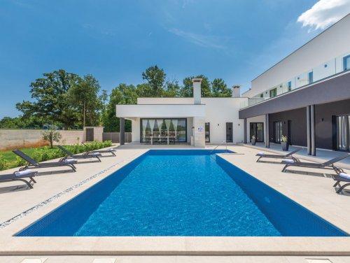 1_New-modern-villa-Istria.jpg